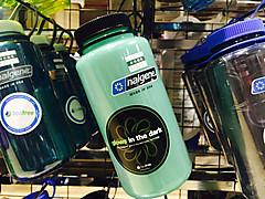 ボトル ナルゲン アウトドア用ボトルの大本命!「ナルゲンボトル」の魅力や使い方を解説